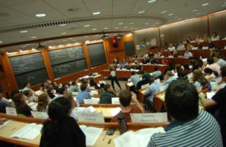 Inside_a_Harvard_Business_School_classroom